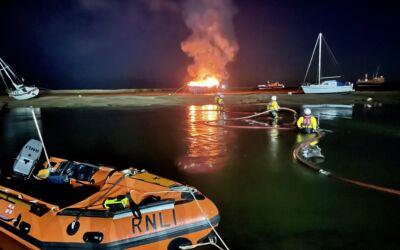 Nobody harmed on burning vessel